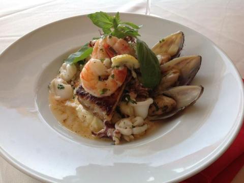 מסעדת דגים ופירות ים ביפו