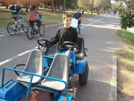 אופניים בפארק הירקון