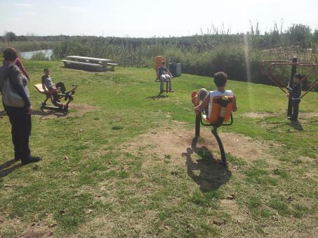 מתקני הכושר בפארק נחל אלכסנדר