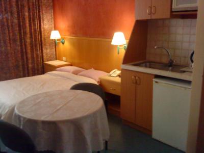 חדר במלון מרום בחיפה