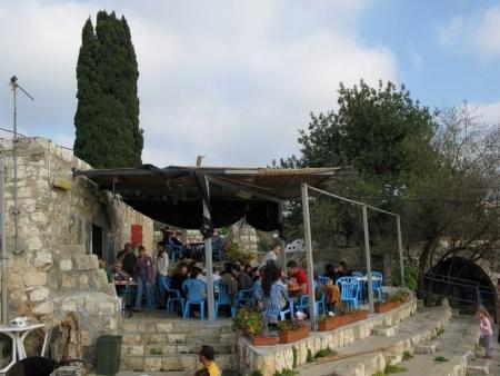 חומוס אבו יעקב בעין הוד