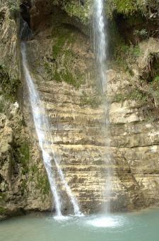 המפל הגדול בנחל דוד