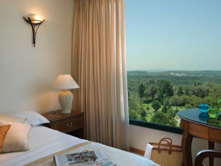 חדר זוגי במלון אחוזת יערות הכרמל