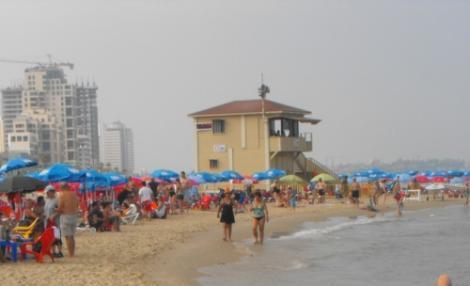 סוכת המציל בחוף בוגרשוב בתל אביב