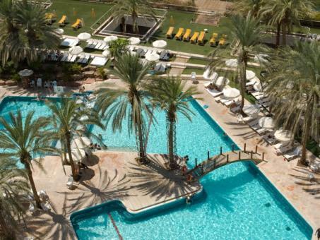 הבריכה במלון ישרוטל המלך שלמה אילת