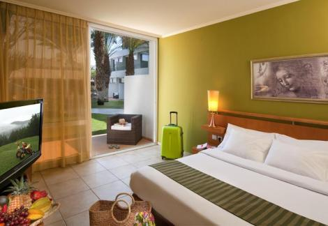 חדר סופיריור במלון לאונרדו קלאב אילת