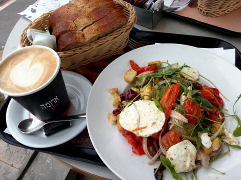ארומה טבריה בית קפה כשר