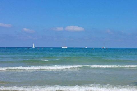 חוף אכדיה הרצליה