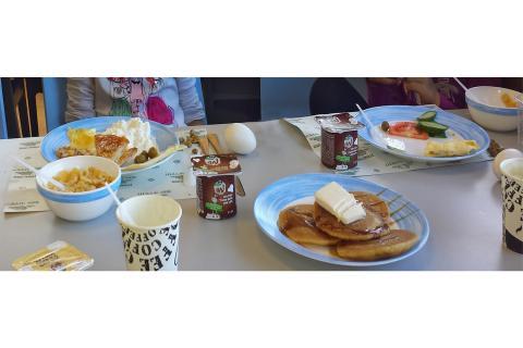 ארוחת בוקר בית ספר שדה אכזיב