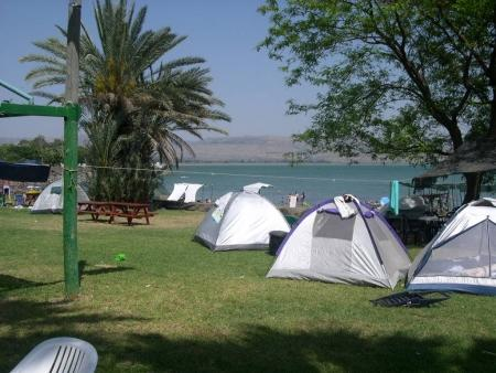 קמפינג חוף אמנון