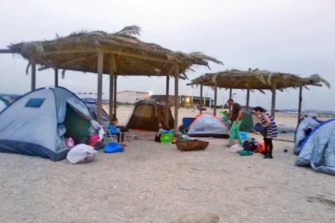 קמפינג חוף דור הבונים