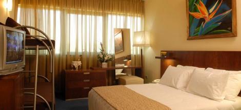חדר במלון רימונים סנטרל פארק