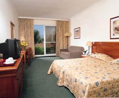 חדר דלקס מלון פסטורל כפר בלום