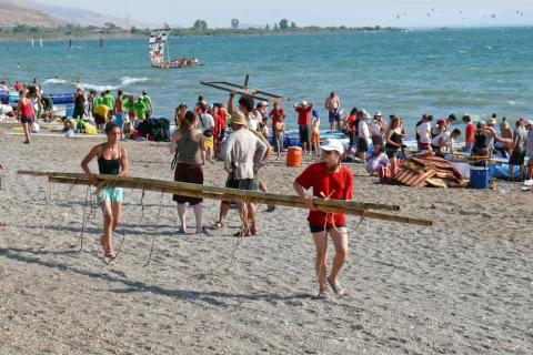 חוף גולן לונה גל דוגל O.D.T, רפסודות, ימי גיבוש, סדנאות