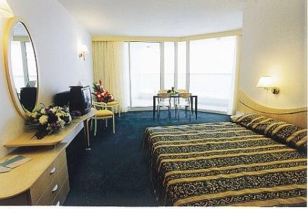 חדר במלון לאונרדו קלאב ים המלח