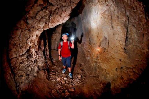 נחל תקוע ומערת חריטון בגוש עציון