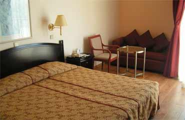 חדר במלון קראון פלזה ירושלים