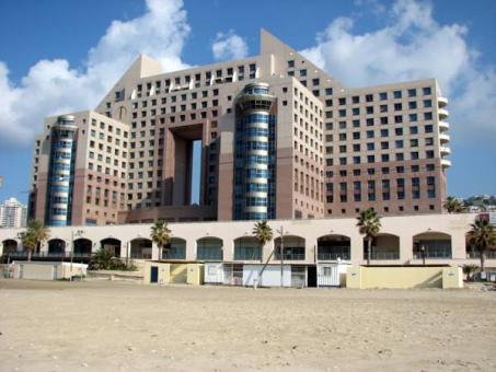מלון דירות על החוף