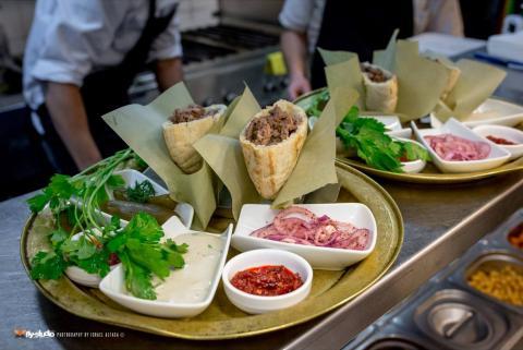 מסעדת ששון הבר באחוזה חיפה