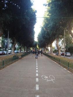 שדרות חן בתל אביב