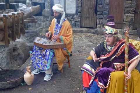 כלי נגינה אותנטיים בקצרין העתיקה פסח בגולן