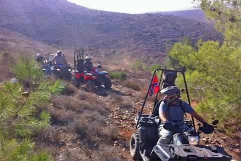 אקסטרים הרים רכיבת אופנועי שטח וטרקטורונים ביהודה שומרון בנימין בקעת הירדן