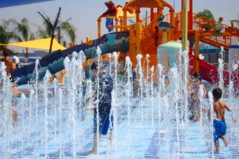 פארק המים ימית 2000 בחולון