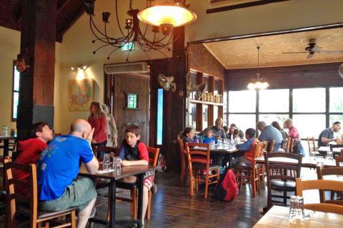 זיגל מסעדת בשרים כשרה באניעם רמת הגולן