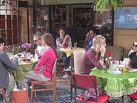 מסעדת פועה בשוק הפשפשים