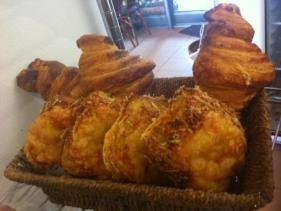 מאפה בוקר בקונדיטוריה של גל