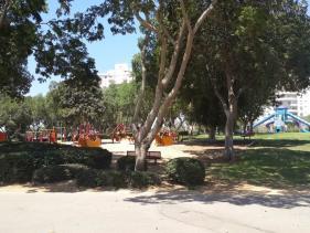 אחד מגני השעשועים בפארק בגין