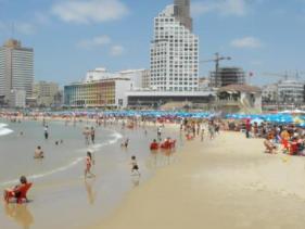 חוף בוגרשוב בתל אביב