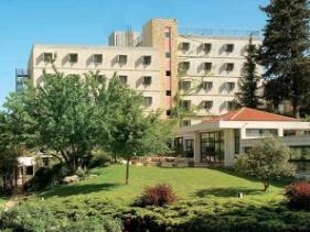 מלון מעלה החמישה