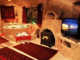 אלאדין בקתות ומערות רומנטיות בחד נס