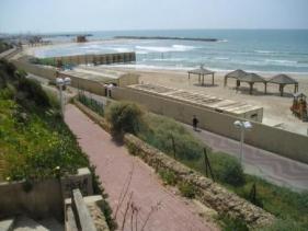 חוף נורדאו - החוף הנפרד בתל אביב