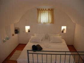 חדר השינה בצימר פנינה במושבה