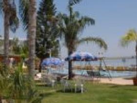 חוף מלון רון