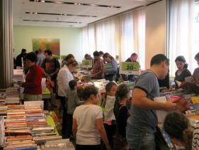 חנות ספרים בבית ציוני אמריקה
